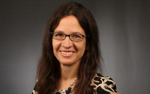 Karin Baur